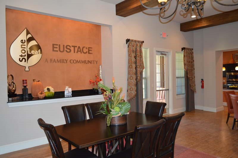 Stoneleaf_at_Eustace-08